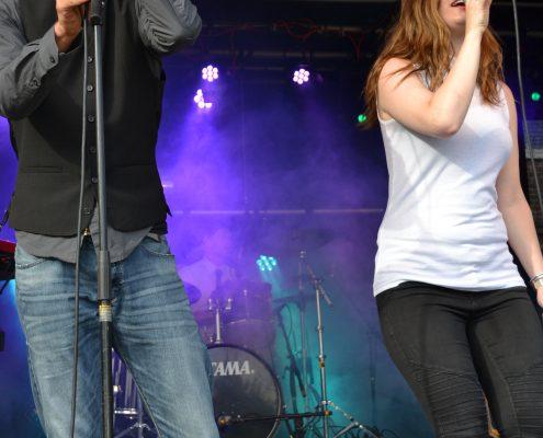 The Hits Livemuziek op het podium