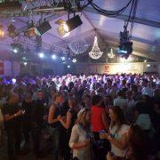JG Horeca (organisatie Koningsnacht Broek op Langedijk, grote feesttent), op Facebook (april 2018)