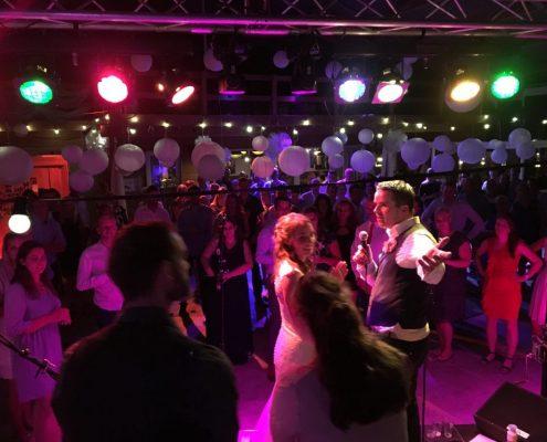 Bruiloftband 2019 Coverband The Hits, ook regio Amsterdam, wordt bedankt door bruidspaar!